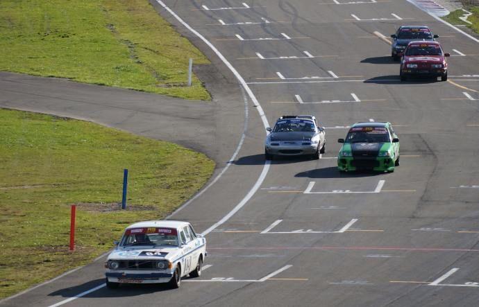 MX5 racing at Manfeild