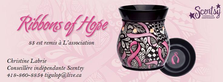 Réchaud Scentsy de Luxe Ribbons of Hope. Aidez-nous à répandre le message d'espoir aux survivants du cancer et à encourager la détection à l'aide de mammographie de dépistage en achetant le Réchaud Ribbons of Hope. Le montant des vente, iront à l'association Rethink Breast Cancer au Canada,fera don de 8$ à l'association Rethink Breast Cancer, et ce afin de les aider à poursuivre leur mission