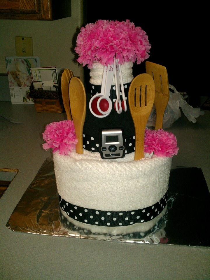 Towel Cake Idea For Bridal Showers Birthdays Or Mother S