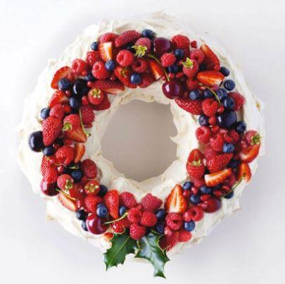 Christmas Pavlova http://thecarousel.com/christmas-pavlova/