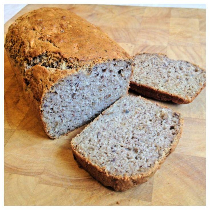 Recipe in ENGLISH Jag blev verkligen förvånad över hur gott det här brödet blev. Kan glutenfritt bröd verkligen smaka så här gott?!Det var ett experiment så det var tur att jag tog anteckningar me…
