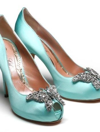 Something blue ... Aruna Seth