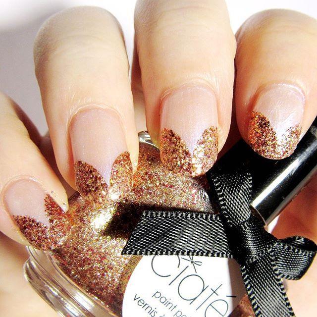 Meine Herzchen für die #clairestelle8feb Challenge. Als Basis kam Veil of Vision von #catrice zum Einsatz. Die Herzen habe ich mit Frenchstickern abgeklebt und die Flächen mit #ciaté fairy whisper ausgefüllt.  #heart #nails #nailstagram #nailart #french #frenchnails #glitterfrench #nails2inspire #catricecosmetics #ciatélondon #fairywhisper