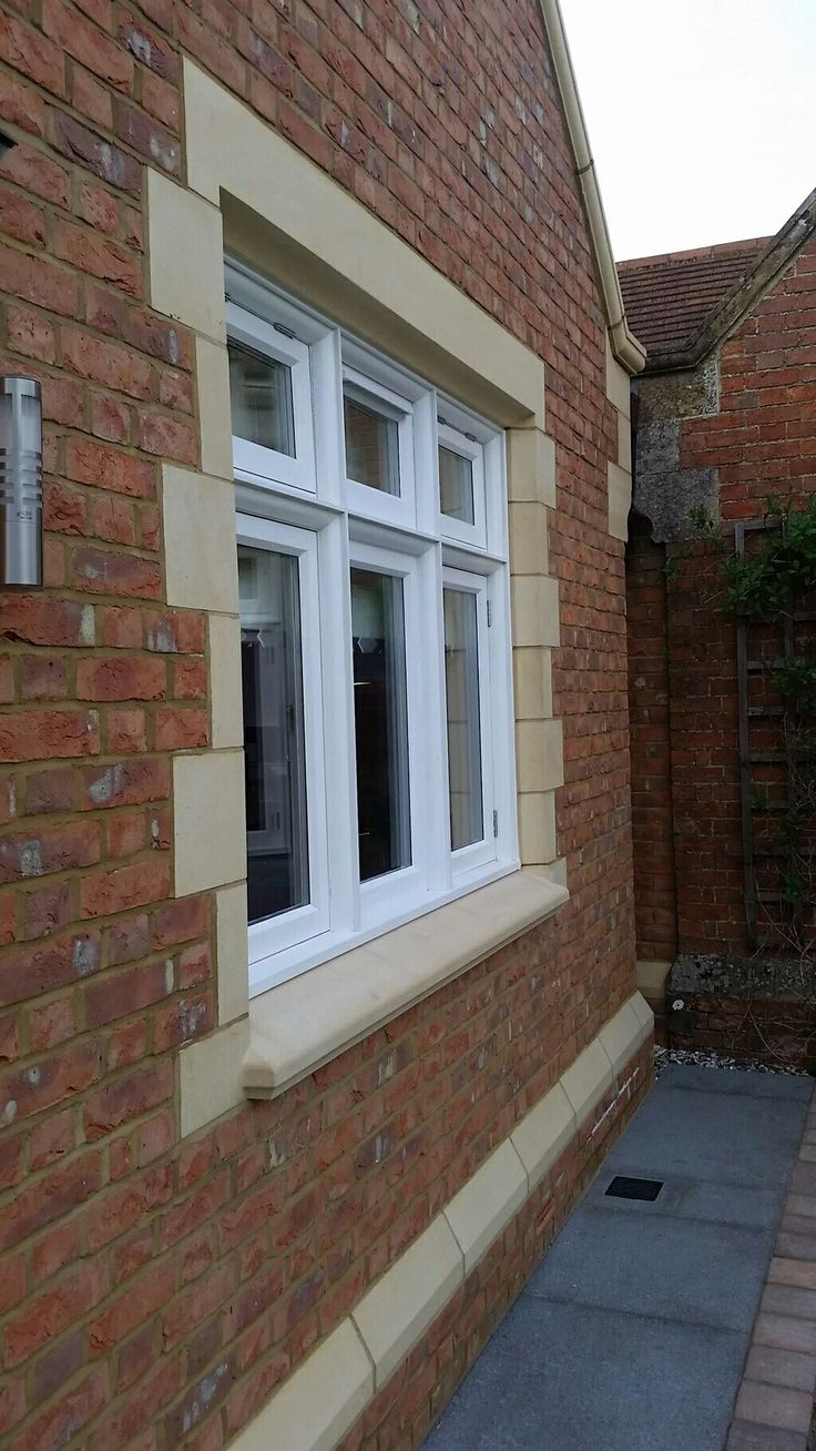 @ChilternGRC #caststone #windowsurrounds