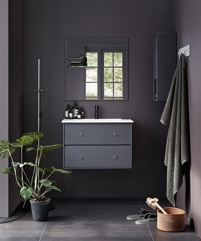 Wake up. Feel great☀️ Montana Bathroom is available in 42 colours. #montanafurniture #danishdesign #interiorinspiration #bathroomdecor #bathroominterior #bathroom #salledebain #badezimmer #baderom #indretning #scandinavianinterior #scandinavianhomes