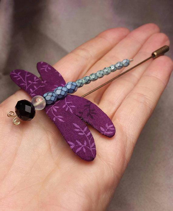 Mira este artículo en mi tienda de Etsy: https://www.etsy.com/es/listing/266190415/libelula-handmade-dragonfly-brooch