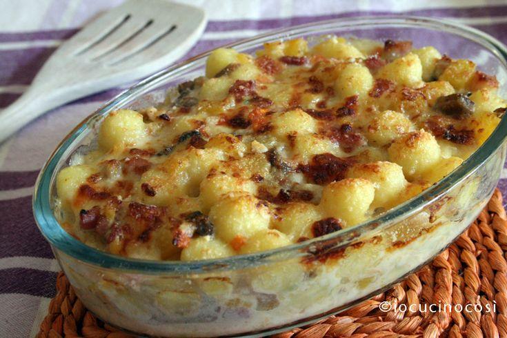 Gnocchi al forno con zucca e funghi porcini | Ricetta primo piatto