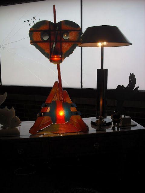 Blog Formas y Colores: Una lampara muy diferente...en el stand de Paul Ziarsolo en I Love Retro.