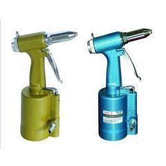 pneumatic rivet puller