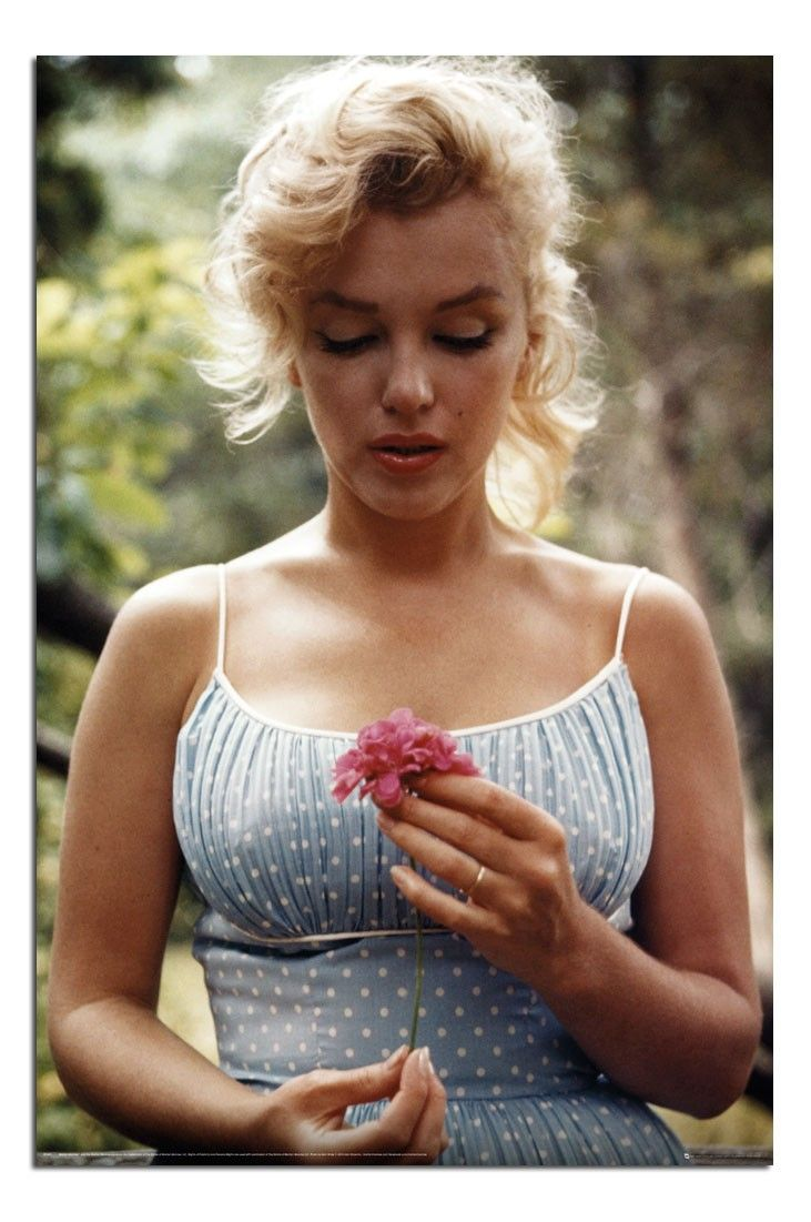 13 best Marilyn Monroe Posters images on Pinterest | Norma jean ...
