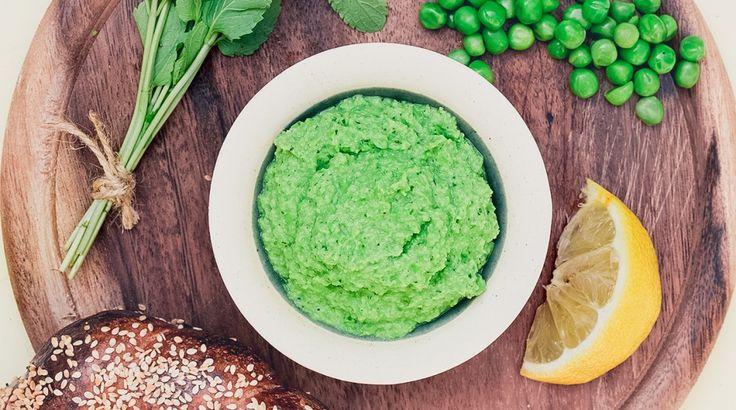 Sokféleképp variálható és pillanatok alatt elkészül: Mentás zöldborsókrém Luca-módra - Receptek | Ízes Élet - Gasztronómia a mindennapokra