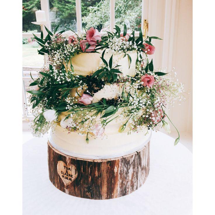 Wedding Cake | The Floury
