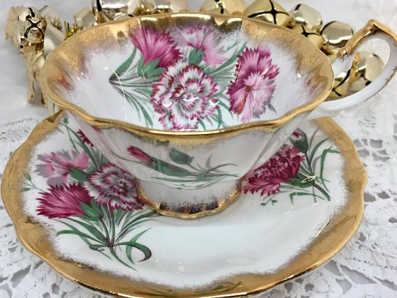 Queen Anne Pink Carnations Vintage Teacup & Saucer Heavy Gold