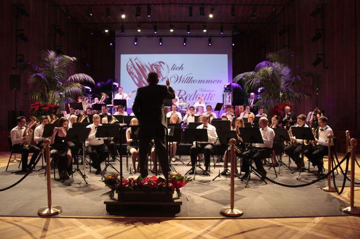 """#Valentins-Redoute """"Für immer jung"""" im #Konzerthaus #Klagenfurt mit einem beeindruckenden Orchester."""