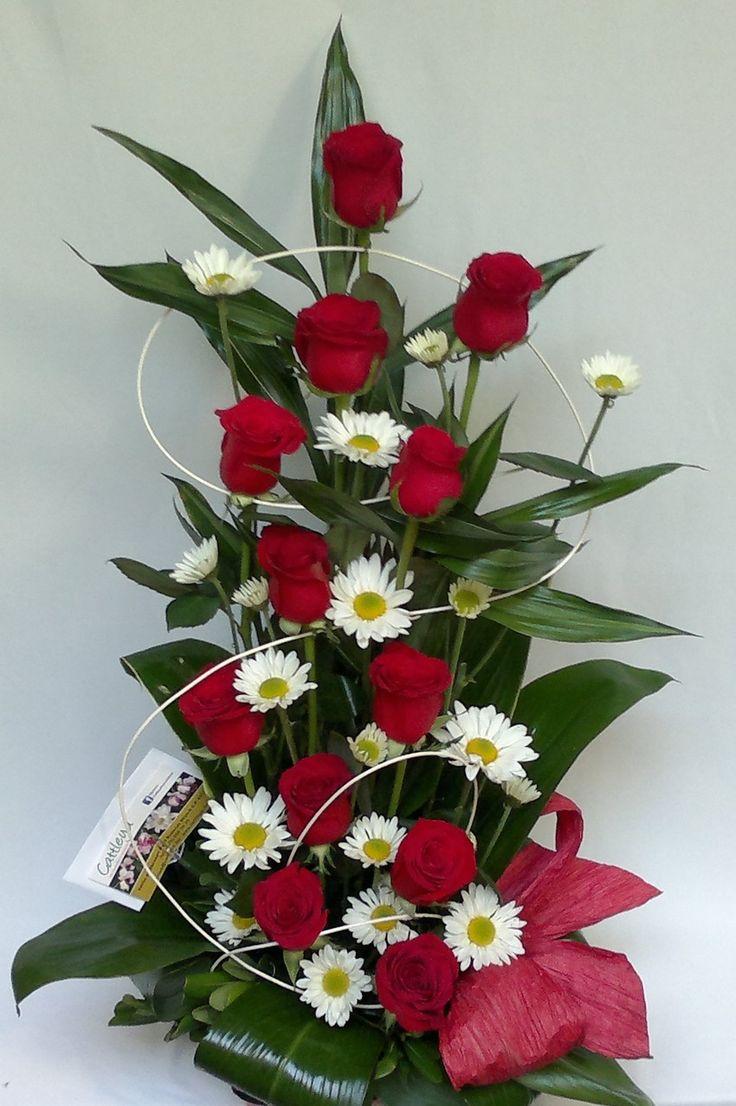 25 best ideas about areglos florales on pinterest - Arreglos de flores artificiales ...