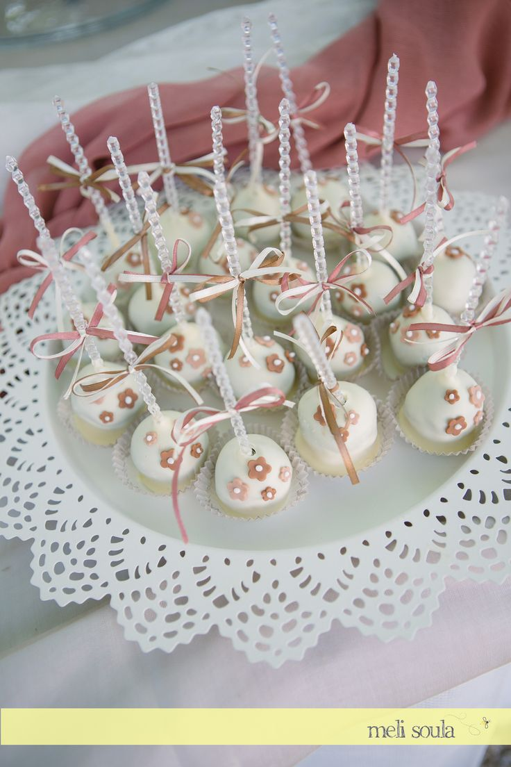 Romantic Wedding #cakepops