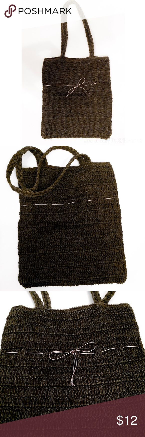 "Gap tote bag Brownish gray woven bohemian/vintage tote by Gap. 16"" tall by 14"" wide with 12"" shoulder strap. One inside pocket with no closure. GAP Bags Totes"
