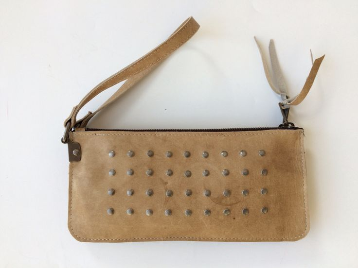 Clutch/purse, made of leather gymmaterial