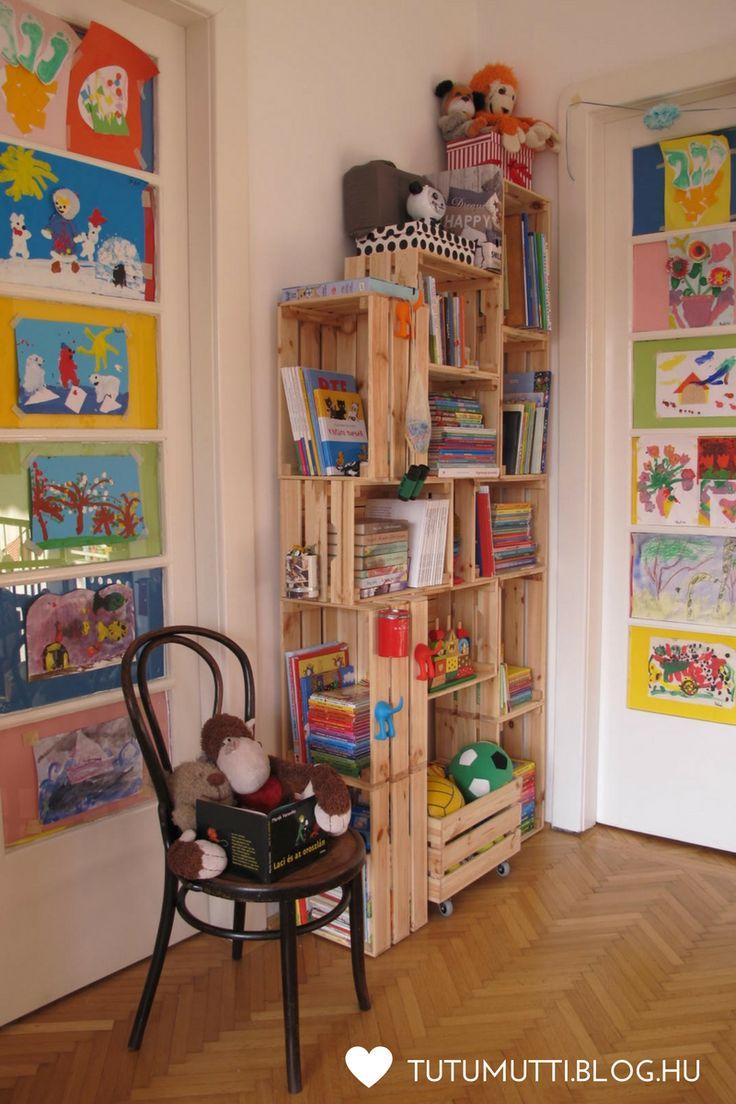 Tutumutti - Gyerekkel kreatívan blog / www.tutumutti.blog.hu / Könyvespolc pöttöm mesehallgatóknak / Crate furniture / Crate book case / Crate book shelf / DIY and Crafts