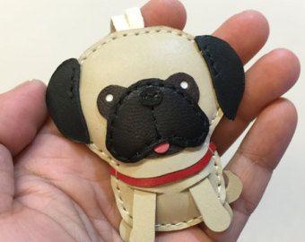 Tamaño pequeño - Ruby el encanto Pug de cuero cuero (beige)