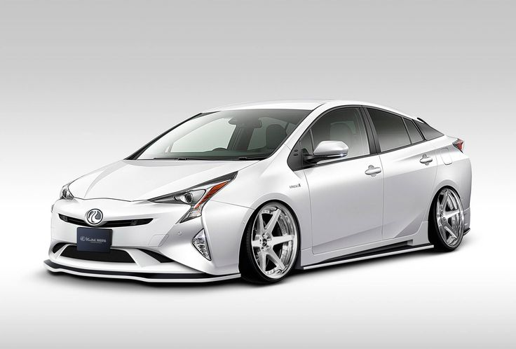 Le rendement d'un panneau solaire ne permet pas aujourd'hui de recharger une voiture en quelques heures, mais il pourrait augmenter l'autonomie d'un véhicule hybride. C'est en tout cas le pari de Toyota.