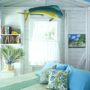 Conch Cottage decor