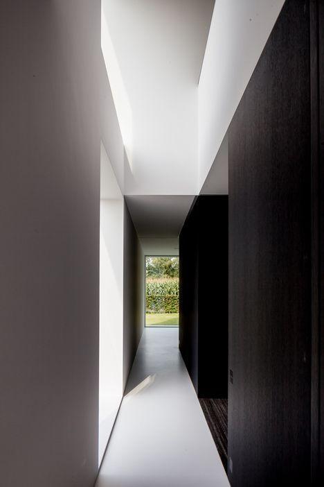 #architecture #design #interior design #home decor #corridors #minimalism #black and white #style