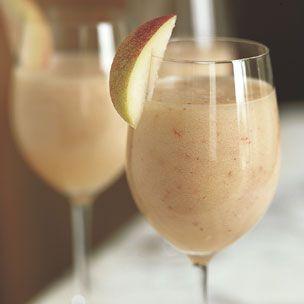Peach BelliniRipe White, Food, White Peaches, Peaches Bellinis, Cocktails Recipe, Bellinis Recipe, Simple Syrup, Drinks Recipe, Fresh Ripe