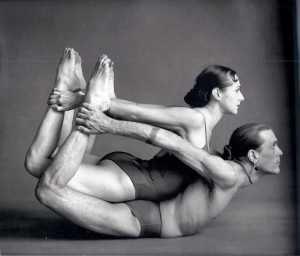 El Jivamukti Yoga. Conoce aquí este tipo de yoga: http://mandalasyoga.com/que-es-jivamukti-yoga-conoce-este-tipo-de-yoga #jivamukti #yoga