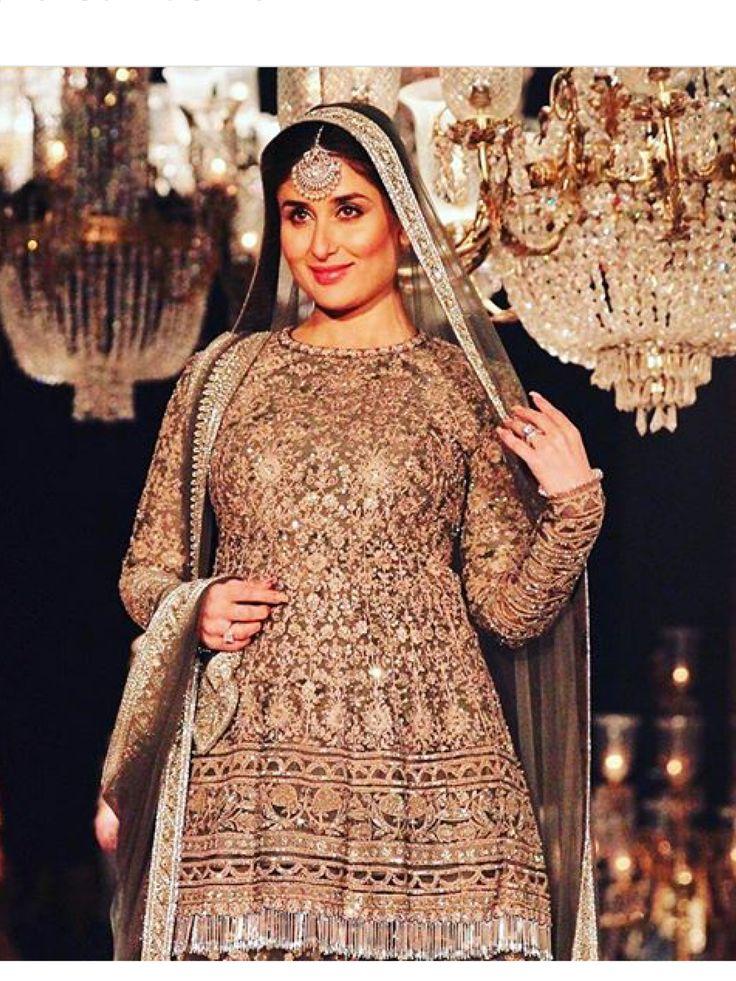Kareena Kapoor (pregnant )