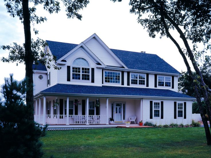 The Cardiff Southern Country Home has 4 bedrooms, 2 full baths and 1 half bath. See amenities for Plan 016D-0050.