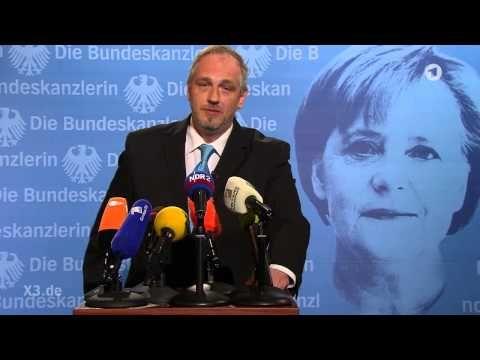 Torsten Sträter: Pressesprecher von Bundeskanzlerin Merkel | extra 3 | NDR - YouTube