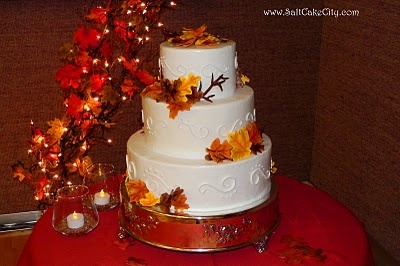 fall leaves, twinkly lights    Fall Wedding Cake on Salt Cake City  Fall Leaves Wedding Cake: Fall Wedding Cakes, Fall Leaves, Fall Theme Wedding, Autumn Leaves, Fall Cakes, Awesome Cakes, Cookies Cakes, Cakes Design, Cakes Cities