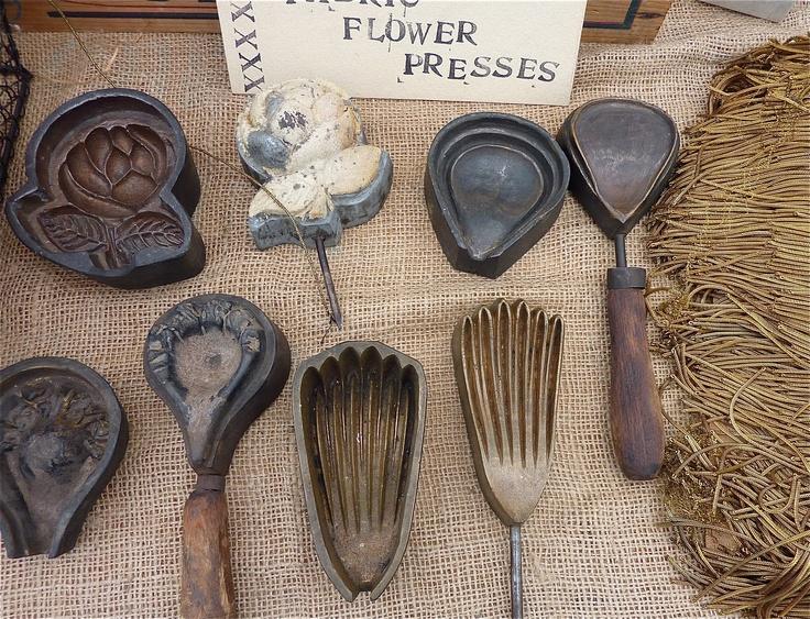 flower press tools?
