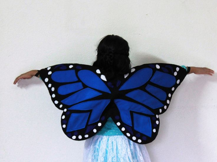 Butterfly Wings - Monarch Butterfly Costume - Felt butterfly wings - Monarch butterfly Halloween Costume by BloomsNBugs on Etsy https://www.etsy.com/listing/498508267/butterfly-wings-monarch-butterfly