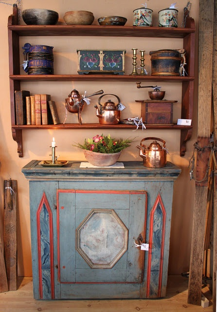 norwegian painted farm antiques from a set of photos on  theessenceofthegoodlife - 181 Best ANTIKVITETER Images On Pinterest Norway, Decorative