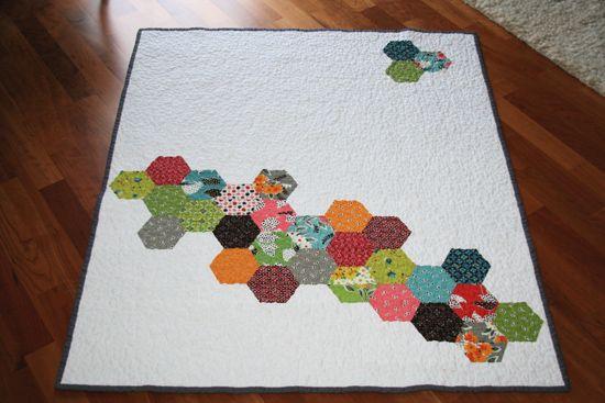 a sprinkling of hexagonsQuilt Inspiration, Half Hexagons, Hexagon Quilt, Modern Hexagons, Hexie Quilt, Modern Quilting, Fleas Marketing, Hexagons Quilt, Fancy Hexagons