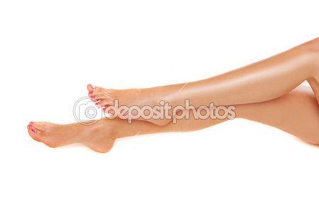 Красивая гладкая сексуальные ноги — стоковое изображение #13796660