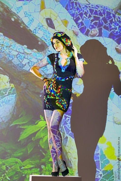 """Купить Платье """"Саламандра Гауди обнимающая"""" - темно-серый, рисунок, Анна Лесникова, трикотаж от кутюр"""