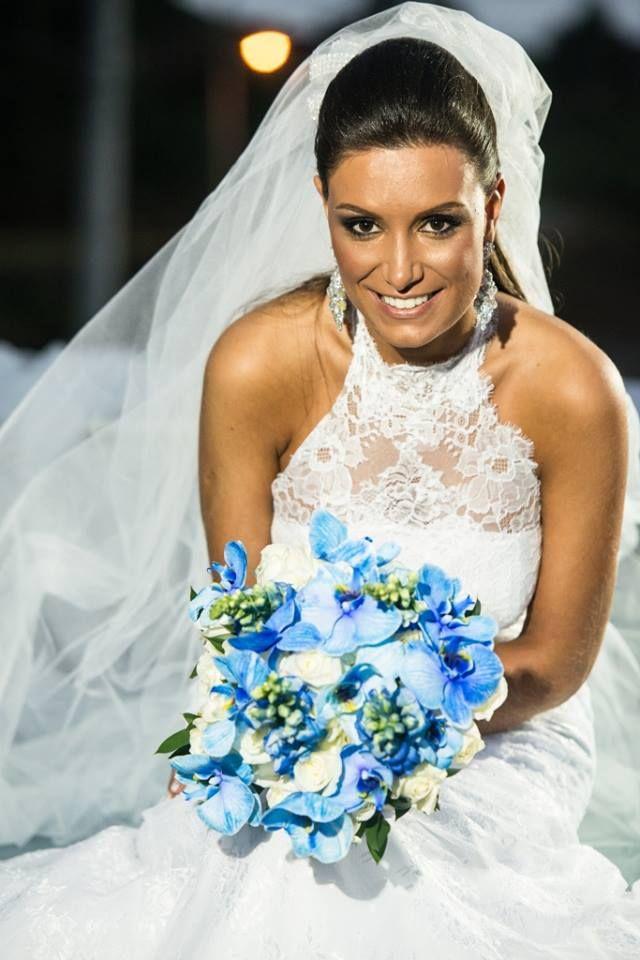 Buque | Buque azul | Bouquet | Blue Bouquet | Blue Bridal Bouquet | Inesquecível Casamento | Noiva | Bride | Buquê de Noiva | Buque de Noiva Azul | Buque com Orquideas | Buque de Orquideas | Orchid Bouquet | Blue Orchid Bouquet  Foto: Everton Rosa