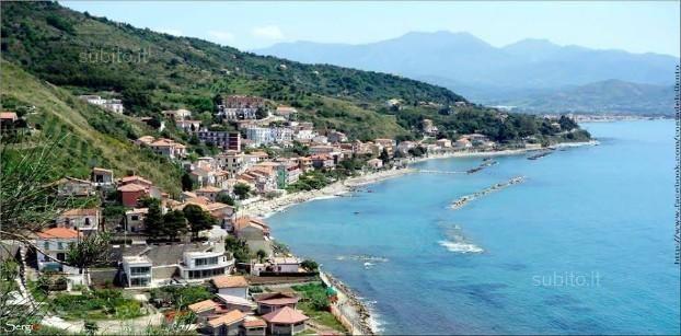 Posto letto in camera singola con bagno - Camere/Posti letto Singola a Salerno