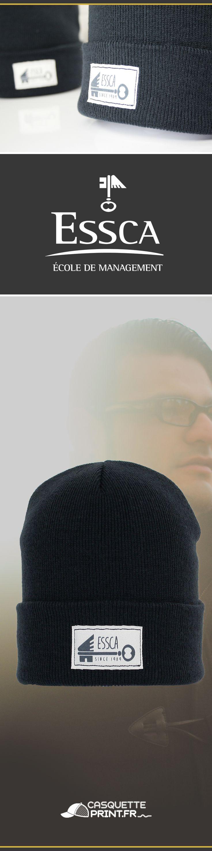 Bonnet conçu exclusivement pour l'école de management ESSCA. #bonnet #winter #essca #perso