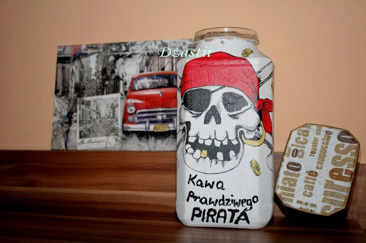 U Dżastii: Kawa pirata i obrazek.