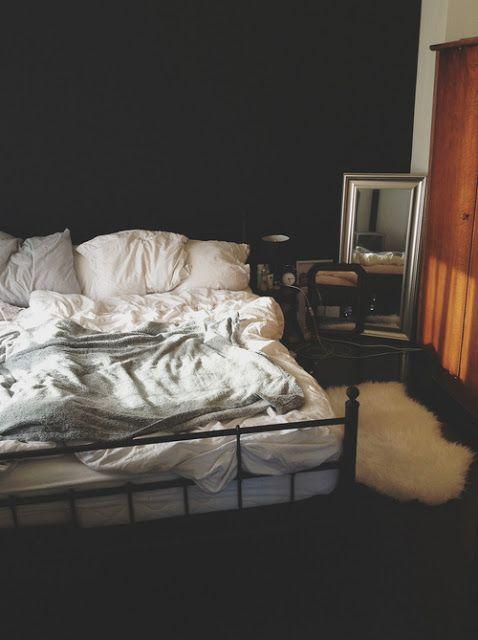 외방커뮤니티 > 꾸미기방 > 내 방을 꾸미기위한 남의 방 염탐하기.jpg (브금주의)