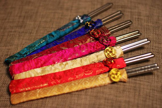 Free Shipping - Korean Wedding Favor - Personalized Engraved Korean Stainless Steel Wedding Chopsticks with Silk Pouch