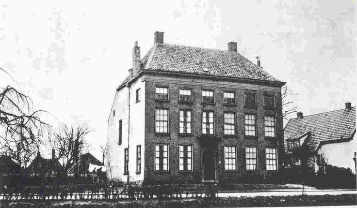 De Elmersmastede of Elmersmaborg was een borg in het Groningse dorp Hoogkerk. Indertijd behoorde het dorp tot het Westerkwartier van de Provincie Groningen. De borg lag aan de huidige Boeiersingel aan de zuidzijde van het Hoendiep, even ten oosten van de huidige brug in het dorp.