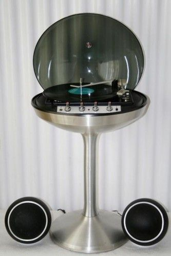 Stereo record player & radio, produced by Canadian electronics company, ELectroh…Sebastian Baumann