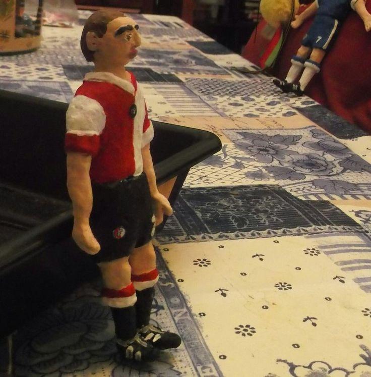 Muneco plastilina Feyenoord by carlossimio.deviantart.com on @DeviantArt