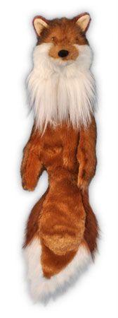 Raposa de pelucia para cães Esta linha foi desenvolvida para ativar os instintos de seu cão. O barulho dos brinquedos, por exemplo, promove entretenimento e interatividade. Produzidos em pelúcia de cor aproximada ao animal (caça) de origem, dão a nitida sensação de que seu cão está, realmente, exercitando o instituto de caçador.  #raposa #cachorro #brinquedoparapet #puppyfriends #babyfriends