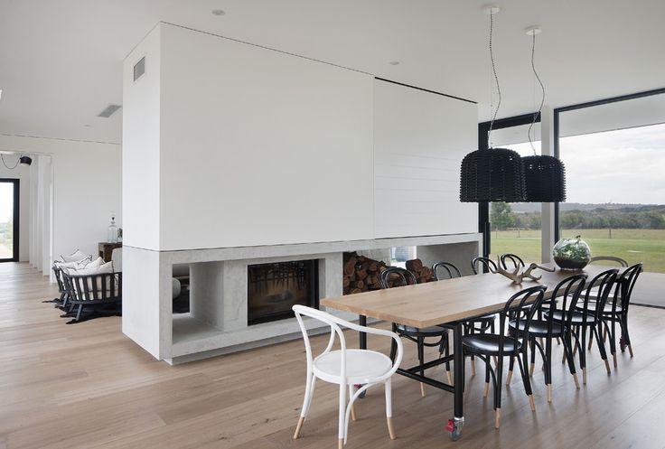 FARM HOUSE Radiante 846 2V double sided fireplace Rachcoff Vella Architects. Shannon McGrath photographer.